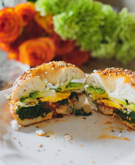 Everything bagel sandwich with chili-kale and fried egg
